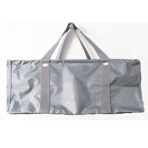 Defective Thirty-one Large Utility Tote in Grey